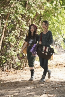Aria-Spencer-pretty-little-liars-girls-18173430-400-600